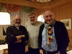 Hans Schach, Vorstand Michael Starz und Ehrenrat Norbert Schenzle